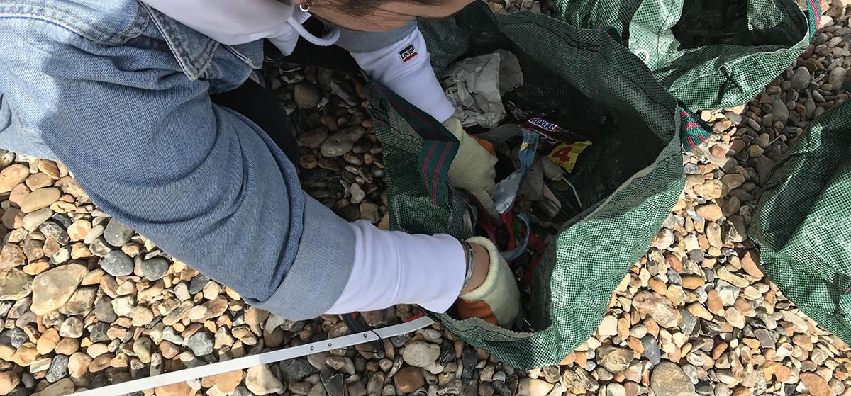 Pollution on UK beaches