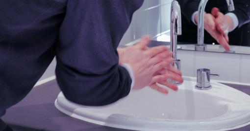 A person washing their hands - Food Safety Training Level 2